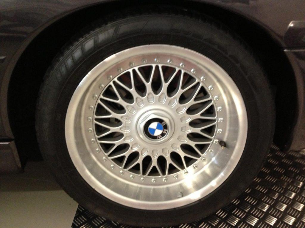 BMW 850 CSi Mint Classics